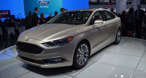 Ford Fusion 2017 (2)