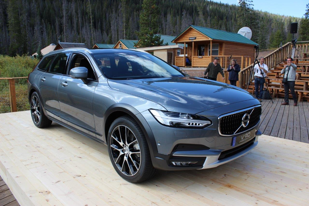 volvo v90 cross country prix id e d 39 image de voiture. Black Bedroom Furniture Sets. Home Design Ideas