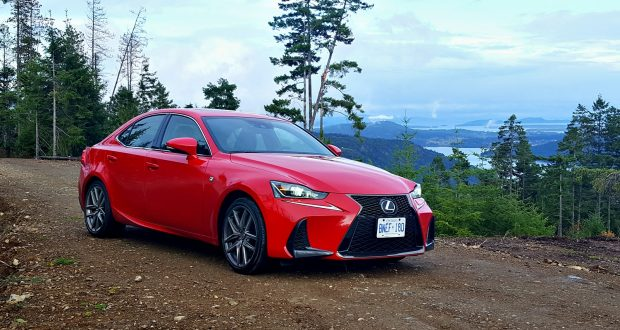 images-lexus-is-2017-19